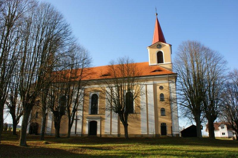 Království - místo, kde dýchá historie sakrálních památek